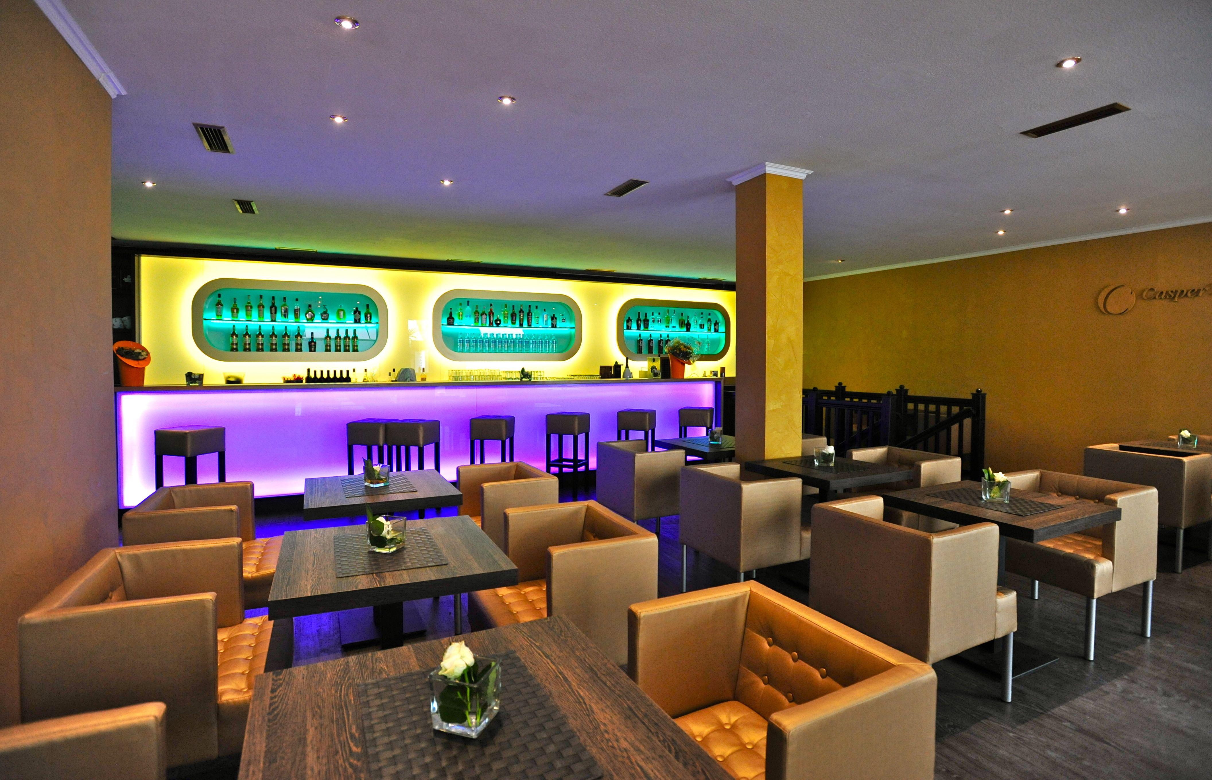Caspers Club Bar Und Lounge Bringt Neuen Glanz In Die Altstadt